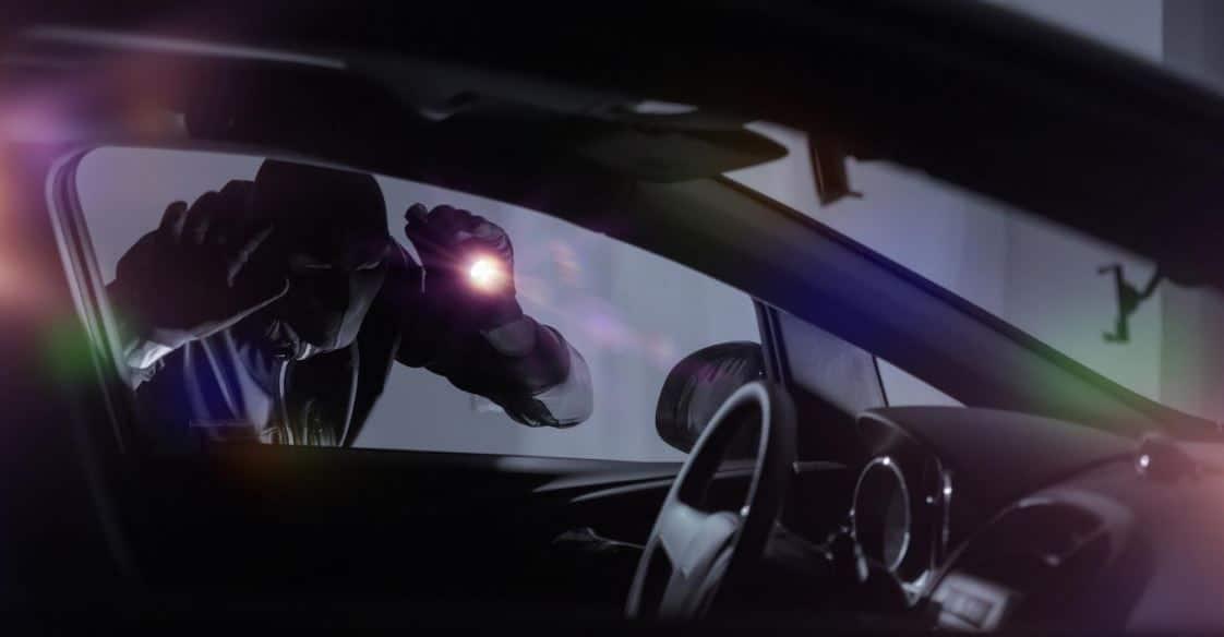 Housse de protection contre les ondes : une solution efficace contre le vol de voiture «KeyLess»